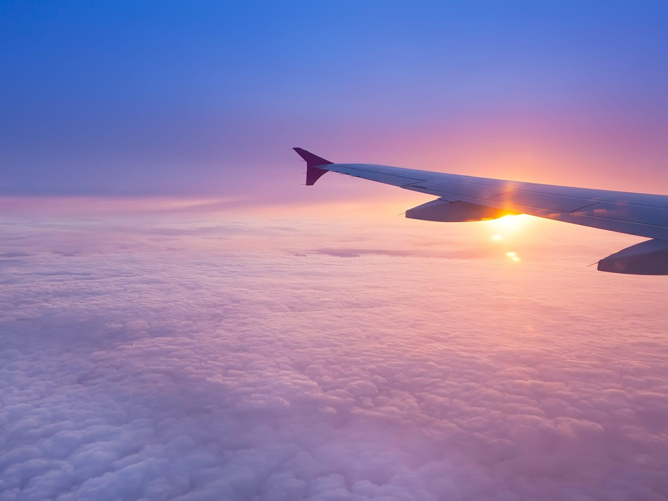Flugzeug Sonnenaufgang